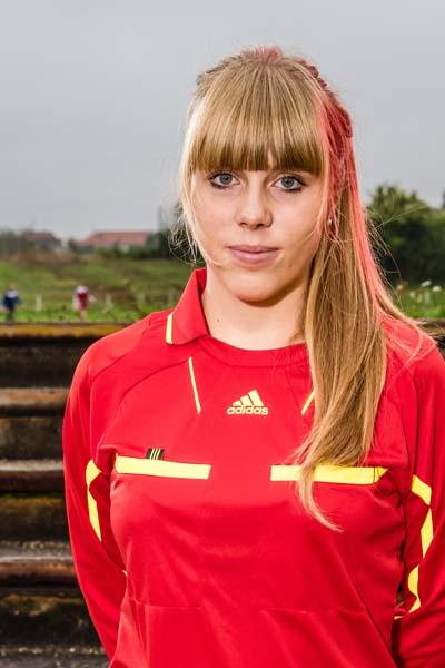 Schiedsrichterin Juliane Mai