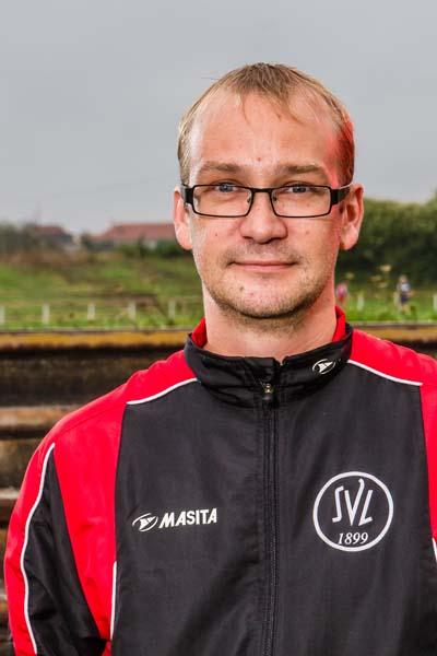 Trainer U9-II Ricco Müller